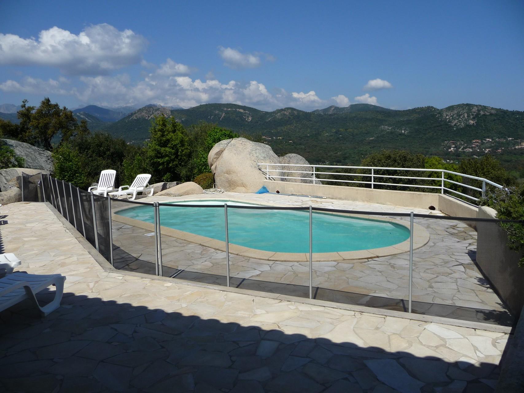 barrière piscine cavalone